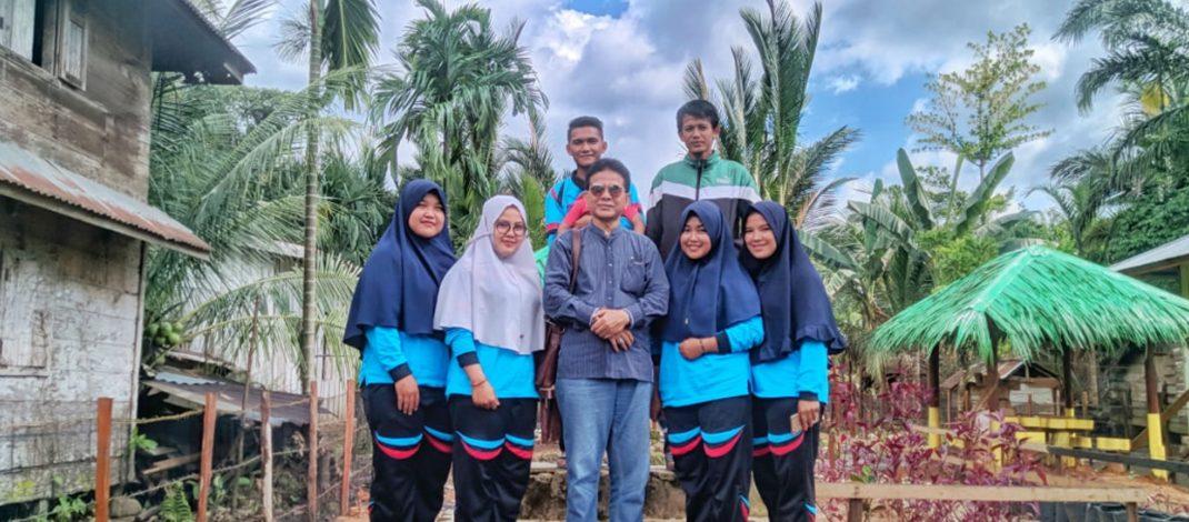 Helmi Edisa SE., MM Kunjungi Mahasiswa KKN kelompok 1